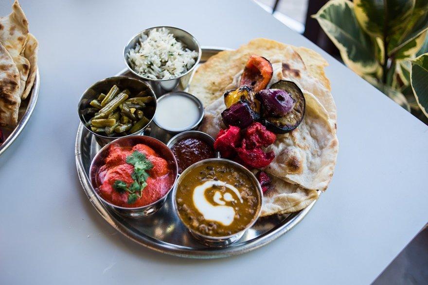 Индийский сет с курицей, паниром и рисом