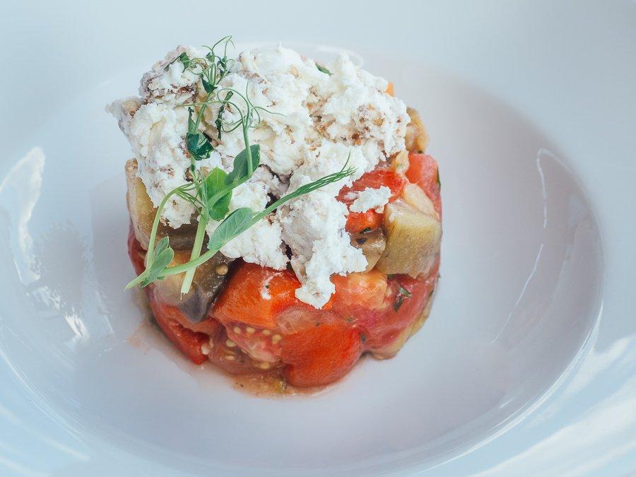 Салат з печених овочів та козячого сиру (168 грн) Photo by Oleksii Tovpyha